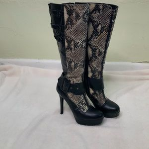 Two Lips leather faux snake skin boots size 8